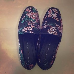 Cute loafers from Zara // NEVER WORN